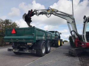 Palmse Trailer lastväxlarvagn med flak